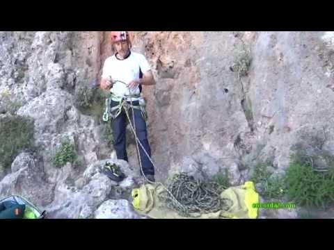 Material y seguridad básica en escalada deportiva