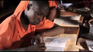 preview picture of video 'GIVEWATTS ger soldrivna lampor till skolbarn i Kenya'