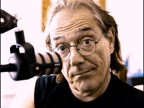 Vinnie Colaiuta on the mic about Chick Corea