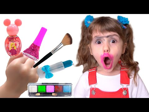 Ева и игры с косметикой для детей Eva Bravo Play http://www.youtube.com/c/EvaBravoPlay?sub_confirmation=1 Instagram ...