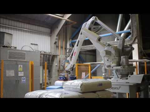 Formare pallet di sacchi di materiale edilizio sfuso