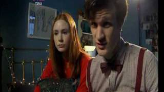 Doctor Who Confidential - Behind The Scenes Of The Doctor And Amys Kiss