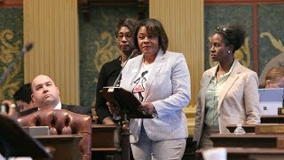 Rep. Leslie Love Passes Women in the Professional Trades Week