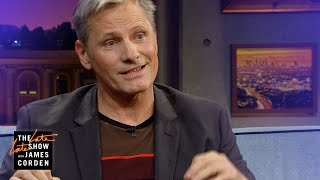 Viggo Mortensen Teaches Us About Uncle Crapper - a Christmas Tradition