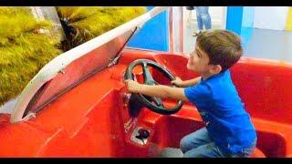 Power Wheels Car Driving-Garage Repair