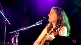 Ani Di Franco - Joyful Girl (Live Manchester Cathedral 20/09/14)