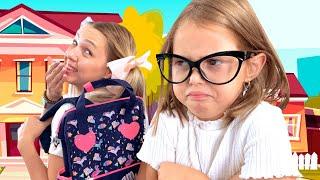 Школа или Работа? Амелька и МАМА поменялись местами!