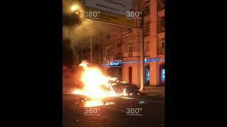 Опубликованы кадры огненного ДТП на Кутузовском проспекте в Москв