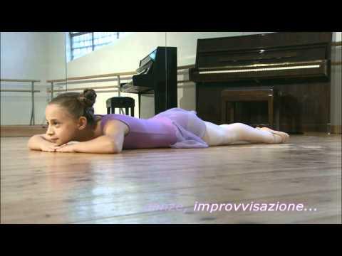 La curvatura di spina dorsale ragiona a bambini