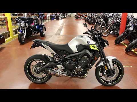 2017 Yamaha FZ-09 in New London, Connecticut - Video 1