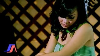 Gambar cover Melanggar Hukum - Mozza Kirana (Official Karaoke Video)