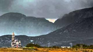 Gabhaim Molta Bríghde   Haunting Gaelic Song By Aoife Ní Fhearraigh