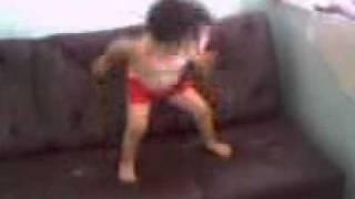 BETCHA NEVA - Bernardo dançando em Caiobá