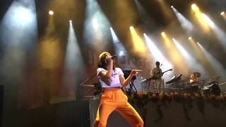 Halsey  Heaven In Hiding (live Performance) Russia Moscow