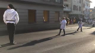 スイス発 伝統のお祭りクラウスヤーゲン子供の部〜イッフェレ〜【スイス情報.com】