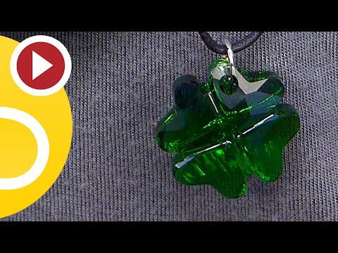 DIY necklace with Swarovski pendant