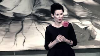 Jak rodzi się kobiecość i jak tę kobiecość można pięknie karmić | Monika Butryn