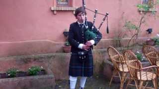 preview picture of video 'Marc D'Ambrosio from Edinburgh plays Highland Cathedral in Castel di Decima Rome Italy Europe'