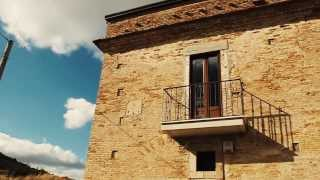 preview picture of video 'La Casina - Residenza Rurale 1865'