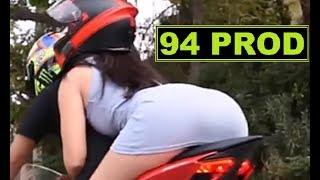 GIRLS & MOTORCYCLE