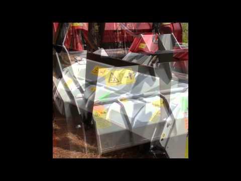 UML SSL 150 VT on JD 333E - Forestry Mulching - смотреть