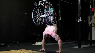 Meet the Inspirational Amputee Crossfit Trainer