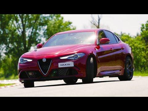 Alfa Romeo Giulia Quadrifoglio - Davide Cironi Drive Experience (ENG.SUBS)