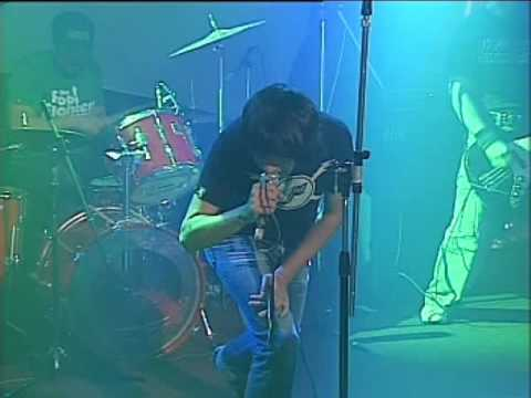 2 Minutos video El Bondi - Escenario Alternativo 2006