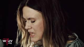 "Juliana Hatfield - ""Wonder Why"" (Live at WFUV)"