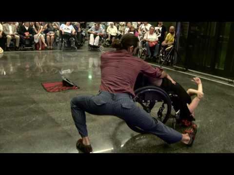 Presentació de la campanya de TMB 'Mou-te per les persones amb discapacitat'