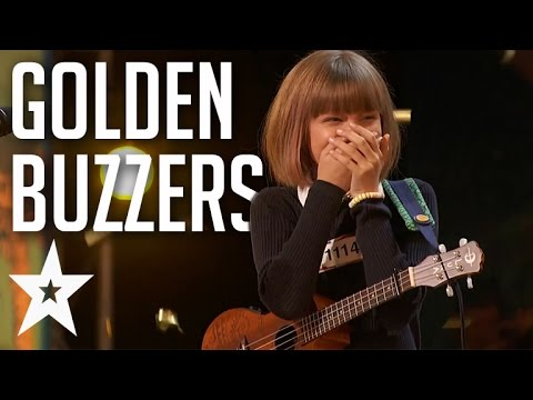 10 Amazing Golden Buzzer Auditions From 2016 | Got Talent Global