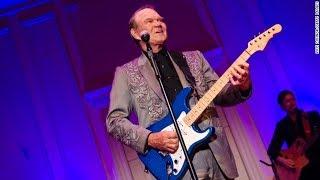 """Rhinestone Cowboy"" singer Glen Campbell dies at 81"