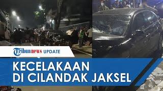 Kecelakaan Beruntun di Cilandak, 2 Mobil Ringsek Tak Beraturan, BMW Adu Banteng dengan Honda Jazz