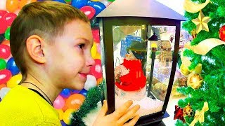 Little Boy Doing Christmas Shopping in Toy Store Star Mini Cart Wars Toys - Ông Già Noel Vui Tính