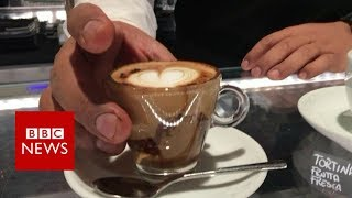 Why Italians are saying 'No' to takeaway coffee - BBC News