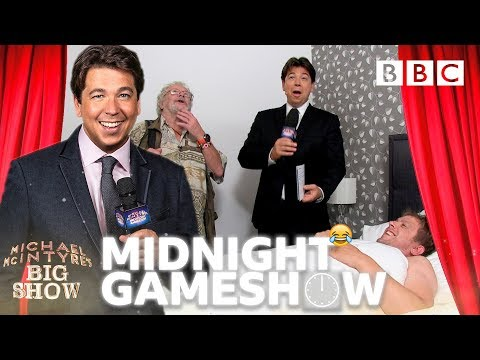 Midnight Gameshow: Dean and Zoe - Michael McIntyre's Big Show: Series 3 Episode 1 - BBC One