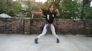 Dusre ke pyar me girne se tujhe bacha rahi hu ll Dance by sangita arya