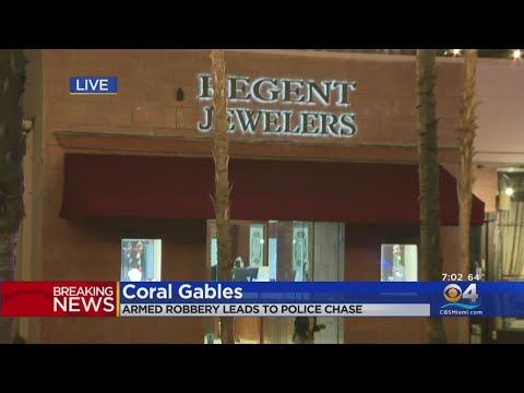 Jewelry Store Roped Off As Police Investigate Armed Robbery Scene That Led To Chase, Shootout