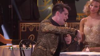Gambar cover Panic! At The Disco Performs 'Death of a Bachelor'!