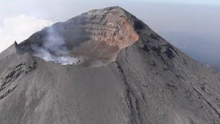 Impresionante Vuelo Sobre Crater Del Volcán Popocatepétl