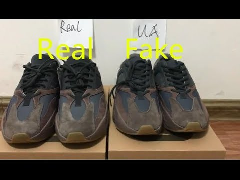 7bbb44584 Comparison Real VS Fake Adidas Yeezy Boost 700
