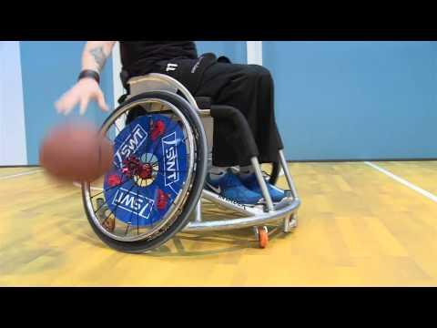 Wo ein Wimpernschlag den Rollstuhl steuert