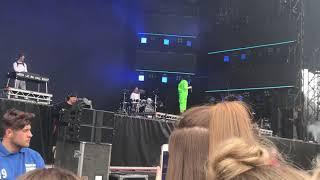Billie Eilish  Ocean Eyes (live) Radio One Big Weekend 2019 Saturday 🥰💘