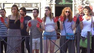 Mani rosse al Viminale, terzo giorno di proteste per i diritti dei migranti
