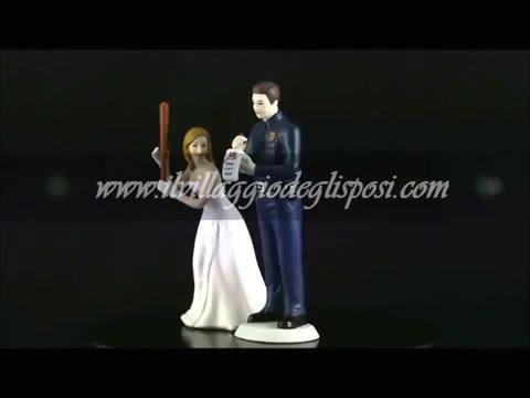 Video - Sposo poliziotto e sposa con mazza da baseball
