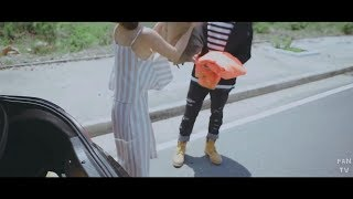 HOÀNG YẾN CHIBI LỘ HÀNG - MV LẠI GẦN EM