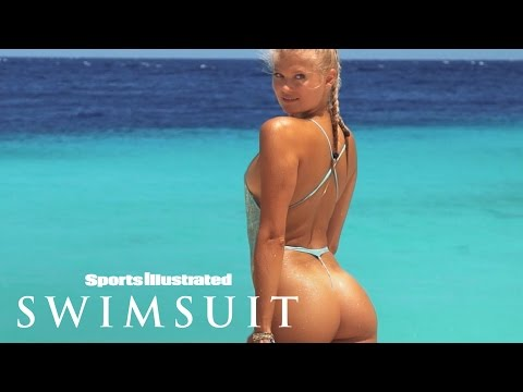 Vita Sidorkina Gets 'Open In The Right Places' In Curaçao   Uncovered   Sports Illustrated Swimsuit