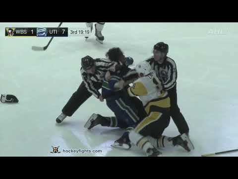 Zack MacEwen vs. Sam Lafferty