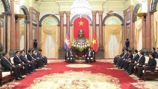 Chủ tịch nước và Thủ tướng tiếp Phó Thủ tướng, Bộ trưởng Bộ Nội vụ Campuchia