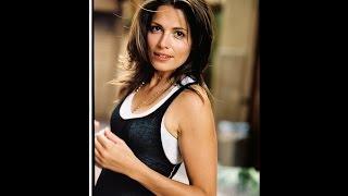 """""""7th Heaven"""" Actress Sarah Goldberg Dies At 40"""